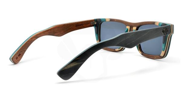 Modelo Bruno, fabricado con un laminado de arce canadiense, extremadamente resistente, disponible con polarizado y cristales orgánicos antireflejo.