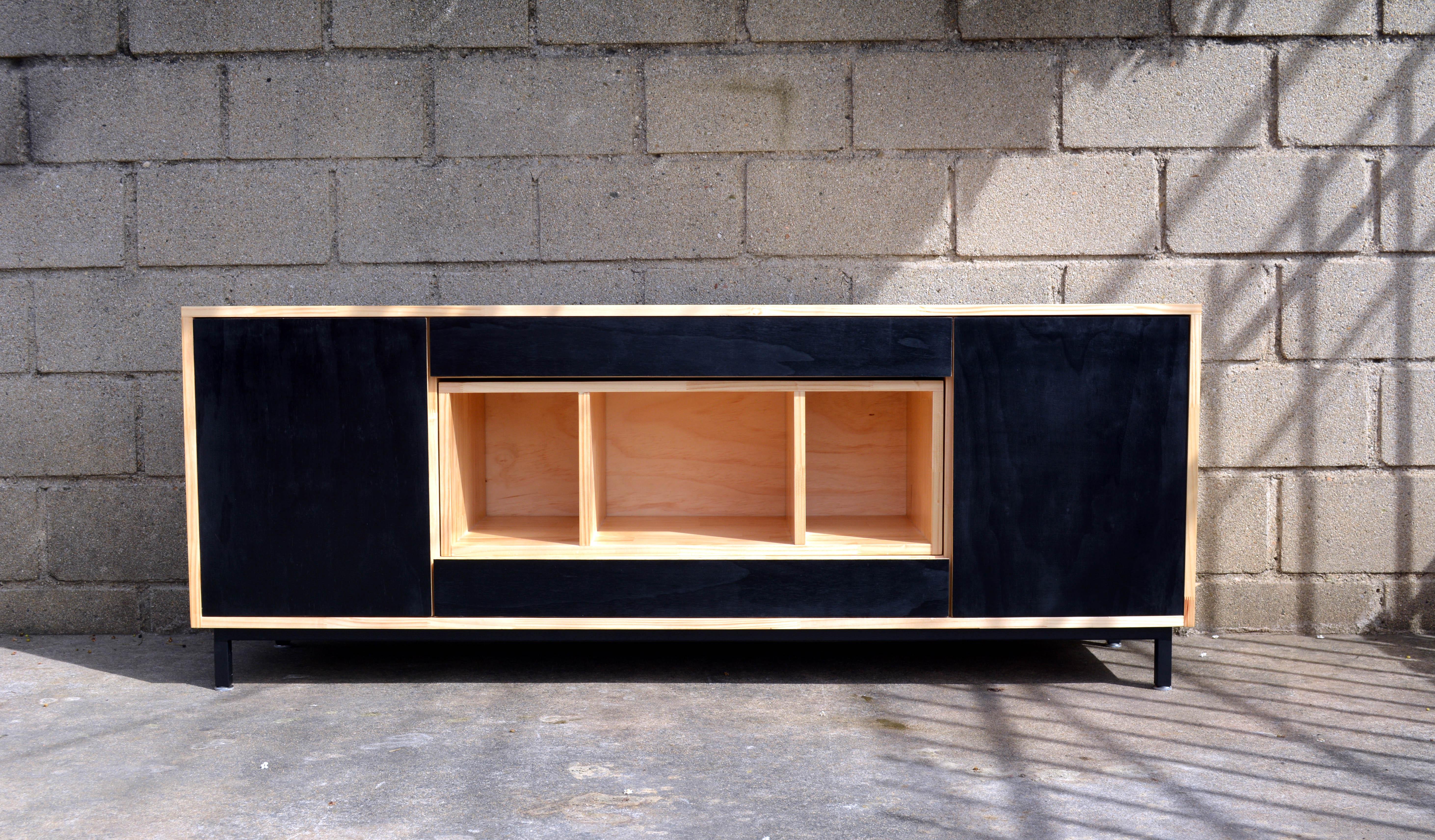 Muebles Oda, Oh y Balance – Elemento Diseño